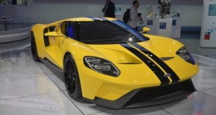 2017-Ford-GT-New-York-07-516x345