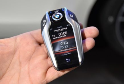BMW-5-2017-Tutorial-04-BMW-Display-Key-Climate-Settings-435x295